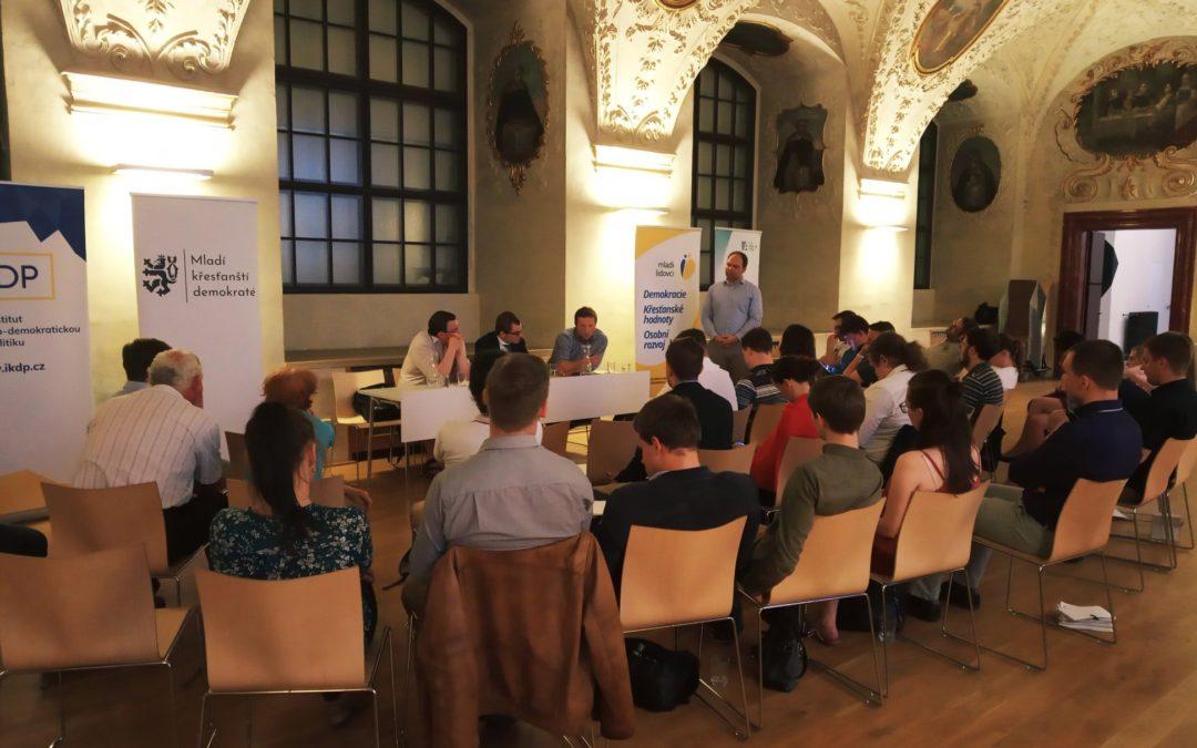 Ve spolupráci s MKD se úspěšně konala akce na téma Sociálního učení církve v každodenní politice